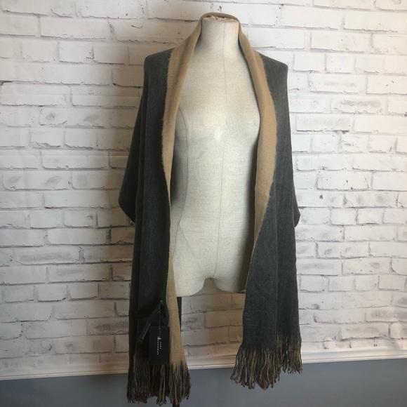 Zara Accessories - NEW ZARA gray and tan reversible scarf/wrap